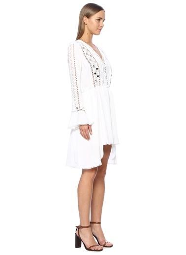 NetWork Kadın 1069588 V Yaka Ajur Detaylı Mini Elbise Beyaz